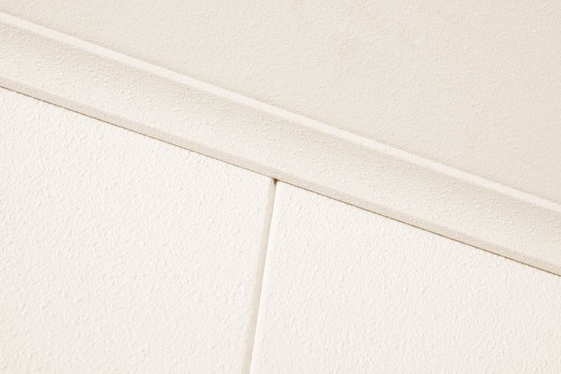 Waterdichte plafondpanelen van agnes one step in de badkamer.